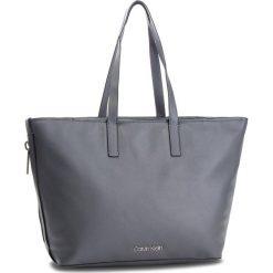 Torebka CALVIN KLEIN - Drive Shopper K60K604460 008. Szare torebki shopper damskie Calvin Klein, ze skóry ekologicznej. Za 699.00 zł.
