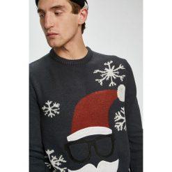 Only & Sons - Sweter. Czarne swetry przez głowę męskie Only & Sons, z dzianiny, z okrągłym kołnierzem. W wyprzedaży za 99.90 zł.
