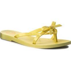 Japonki ZAXY - Fresh Top Fem 82089 Yellow 90114 W285068. Żółte klapki damskie Zaxy, z materiału. Za 99.00 zł.