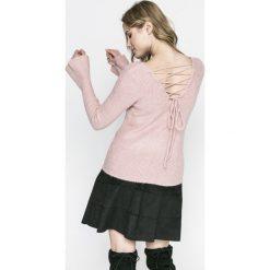 Review - Sweter. Szare swetry damskie Review, z dzianiny, z okrągłym kołnierzem. Za 149.90 zł.