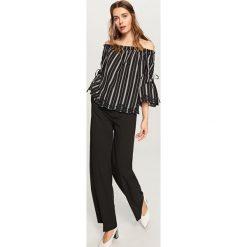 Bluzka typu hiszpanka - Czarny. Bluzki dla dziewczynek Reserved, z dekoltem typu hiszpanka. W wyprzedaży za 39.99 zł.