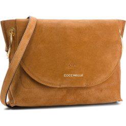 Torebka COCCINELLE - CC1 Essentielle Suede E1 CC1 15 02 01 Cuir W12. Brązowe listonoszki damskie Coccinelle, ze skóry. W wyprzedaży za 799.00 zł.