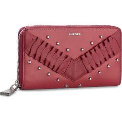 Duży Portfel Damski DIESEL - Granato X05025 P1480 T4059. Czerwone portfele damskie Diesel, ze skóry. W wyprzedaży za 399.00 zł.