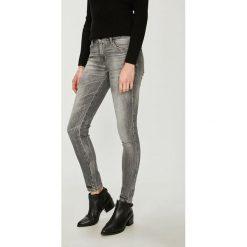 Guess Jeans - Jeansy. Szare jeansy damskie Guess Jeans. Za 549.90 zł.