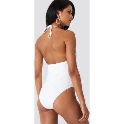 Hot Anatomy Kostium kąpielowy z plecionymi paskami - White. Białe kostiumy jednoczęściowe damskie Hot Anatomy, w paski. Za 181.95 zł.