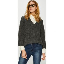 Jacqueline de Yong - Sweter. Czarne swetry damskie Jacqueline de Yong, z dzianiny. W wyprzedaży za 99.90 zł.