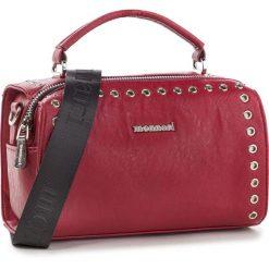 Torebka MONNARI - BAGA580 Red 005. Czerwone torebki do ręki damskie Monnari, ze skóry ekologicznej. W wyprzedaży za 169.00 zł.