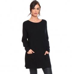 """Sweter """"Marlone"""" w kolorze czarnym. Czarne swetry damskie Cosy Winter, ze splotem, z okrągłym kołnierzem. W wyprzedaży za 181.95 zł."""
