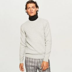 Sweter - Jasny szar. Szare swetry przez głowę męskie Reserved. Za 99.99 zł.