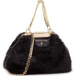 Torebka PATRIZIA PEPE - 2V8142/A1RM-K338 Soft Black. Czarne torebki do ręki damskie Patrizia Pepe, z materiału. Za 989.00 zł.