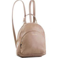 Plecak COCCINELLE - DS5 Alpha E1 DS5 14 01 01 Taupe N75. Szare plecaki damskie Coccinelle, ze skóry, klasyczne. Za 1,299.90 zł.