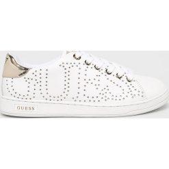 Guess Jeans - Buty. Szare obuwie sportowe damskie Guess Jeans, z aplikacjami, z jeansu. Za 459.90 zł.