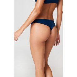J&K Swim X NA-KD Gładki dół bikini - Blue. Niebieskie bikini damskie J&K Swim X NA-KD. W wyprzedaży za 20.48 zł.