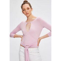 Answear - Bluzka Garden of Dreams. Szare bluzki damskie ANSWEAR, z dzianiny, casualowe. W wyprzedaży za 39.90 zł.