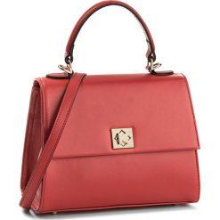 Torebka KAZAR - London 32426-01-04 Czerwony. Czerwone torebki do ręki damskie Kazar, ze skóry. W wyprzedaży za 479.00 zł.
