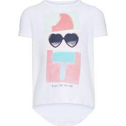 """Koszulka """"Derikke"""" w kolorze białym. Bluzki dla dziewczynek name it girls, z nadrukiem, z bawełny, z okrągłym kołnierzem. W wyprzedaży za 29.95 zł."""