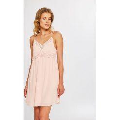 Answear - Sukienka. Szare sukienki damskie ANSWEAR, z haftami, z materiału, casualowe, na ramiączkach. W wyprzedaży za 69.90 zł.