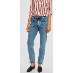 Diesel - Jeansy Neekhol. Niebieskie jeansy damskie Diesel. W wyprzedaży za 579.90 zł.