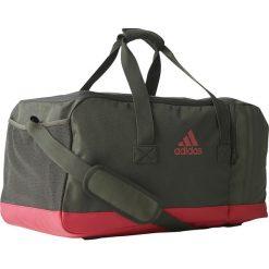Adidas Torba sportowa adidas 3 Stripes Perfomance Teambag zielona (BR5150). Torby podróżne damskie Adidas. Za 141.79 zł.