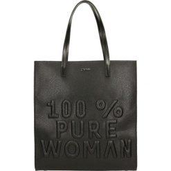 Shopper Bag LASSI. Czarne torebki shopper damskie Gino Rossi, z napisami. W wyprzedaży za 349.90 zł.