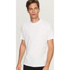 Gładki t-shirt - Biały. T-shirty męskie marki Giacomo Conti. W wyprzedaży za 24.99 zł.