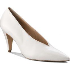 Półbuty HÖGL - 5-107700 White 0200. Białe półbuty damskie HÖGL, z materiału, eleganckie. W wyprzedaży za 369.00 zł.