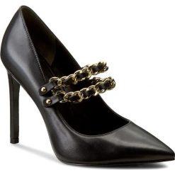 Szpilki PIERRE BALMAIN - SF611 S10 905 Black. Czarne szpilki damskie Pierre Balmain, w paski, ze skóry. W wyprzedaży za 1,019.00 zł.