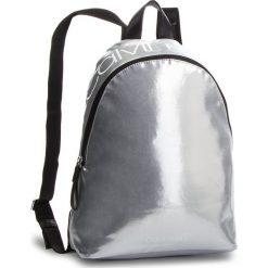 Plecak CALVIN KLEIN - Ck Essential Backpack K60K604811 067. Szare plecaki damskie Calvin Klein, z materiału. Za 349.00 zł.