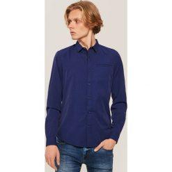 Koszula w drobny deseń - Niebieski. Niebieskie koszule męskie House. Za 89.99 zł.