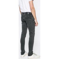 Only & Sons - Jeansy. Szare jeansy męskie Only & Sons. W wyprzedaży za 39.90 zł.