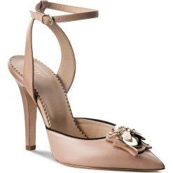 Sandały RED VALENTINO - PQ2S0A36 Cammeo/N 0SD. Czerwone sandały damskie Red Valentino, ze skóry. W wyprzedaży za 1,239.00 zł.
