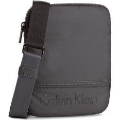Saszetka CALVIN KLEIN - Matthew Flat Crossov K50K502881 009. Szare saszetki męskie Calvin Klein, z materiału, młodzieżowe. W wyprzedaży za 219.00 zł.