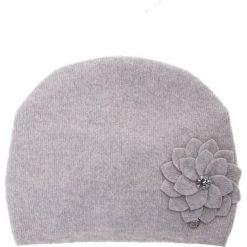 Wełniana szara czapka z kwiatem QUIOSQUE. Szare czapki i kapelusze damskie QUIOSQUE, z poliamidu. Za 99.99 zł.