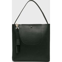 Calvin Klein - Torebka skórzana. Czarne torby na ramię damskie Calvin Klein. Za 1,149.00 zł.