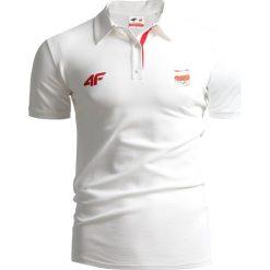 Koszulka polo męska Polska Pyeongchang 2018 TSM211 - BIAŁY. Białe koszulki polo męskie 4f, na zimę, z napisami, z bawełny. W wyprzedaży za 99.99 zł.
