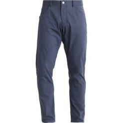 Nike Performance PANT Spodnie materiałowe thunder blue/white. Spodnie materiałowe męskie marki House. Za 399.00 zł.