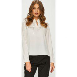 Answear - Koszula. Czerwone koszule damskie ANSWEAR, z elastanu, casualowe, z długim rękawem. Za 119.90 zł.
