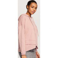 Bluza z kapturem - Różowy. Czerwone bluzy damskie Reserved. Za 79.99 zł.