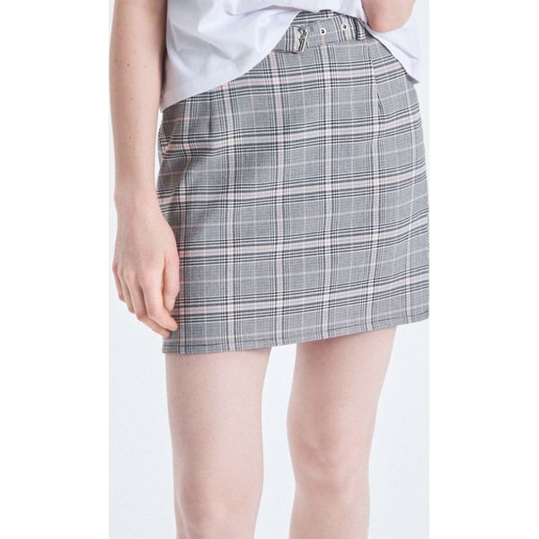 0b73910933 Spódnica mini z paskiem - Różowy - Spódnice damskie marki Cropp. Za ...