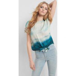 915bbc5b4d6260 Odzież damska. 40.00 zł 59.99 zł. Bluzka tie-dye. Niebieskie bluzki damskie  marki Orsay, bez wzorów, z wiskozy