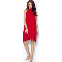 Czerwona Zwiewna Koktajlowa Sukienka z Dekoltem Halter na Stójce. Czerwone sukienki damskie Molly.pl, z tkaniny, eleganckie, z dekoltem halter. Za 239.90 zł.