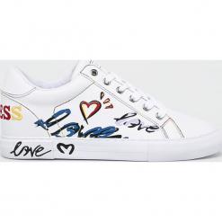 Guess Jeans - Buty. Szare obuwie sportowe damskie Guess Jeans, z aplikacjami, z jeansu. Za 439.90 zł.