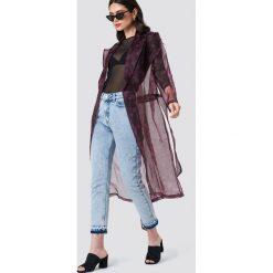 NA-KD Trend Płaszcz z wzorzystej organzy - Black. Czarne płaszcze damskie NA-KD Trend, w paski, z poliesteru. Za 242.95 zł.