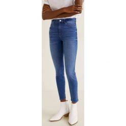 Mango - Jeansy Noa. Niebieskie jeansy damskie Mango. Za 119.90 zł.