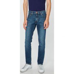 Wrangler - Jeansy. Niebieskie jeansy męskie Wrangler. Za 319.90 zł.