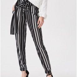 41144ee927cee1 Wyprzedaż - spodnie i legginsy damskie ze sklepu Sinsay - Kolekcja ...