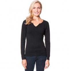 Sweter w kolorze czarnym. Czarne swetry damskie Assuili, z dzianiny, z okrągłym kołnierzem. W wyprzedaży za 113.95 zł.
