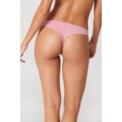 J&K Swim X NA-KD Gładki dół bikini - Pink. Różowe bikini damskie J&K Swim X NA-KD. W wyprzedaży za 20.48 zł.