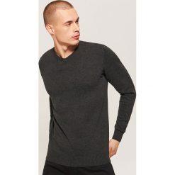 Sweter basic - Czarny. Czarne swetry przez głowę męskie House. Za 69.99 zł.