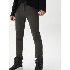 4373ecc6dbe35 Wyprzedaż - spodnie męskie ze sklepu House - Kolekcja lato 2019 ...
